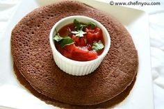 How to make Ethiopian Injera Bread - Gluten Free Recipe  Love this! Fabulous with salty or sweet stuff... and healthy! Made with teff cereal.  Crêpes faites avec de la farine de teff - super santé et c'est diablement bon!