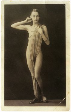 """This is the second part of the separation of church & sexuality; """"Hermaphrodite (Pitch Card), Unknown Photographer, early From « Eric Reber's Professional Progression. Antique Photos, Old Photos, Sideshow Freaks, Human Oddities, Freaks And Geeks, Foto Real, Vintage Circus, Vintage Photography, Just In Case"""