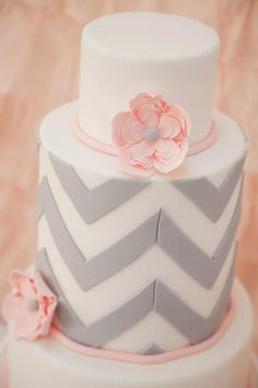 grey chevron and light pink are good together. But on a cake, they r even better