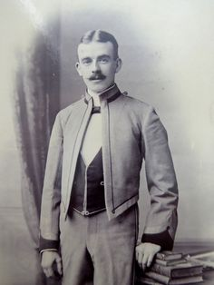 1880s Victorian Cabinet Card Photograph by Frederick Argall with Inscription - The Collectors Bag