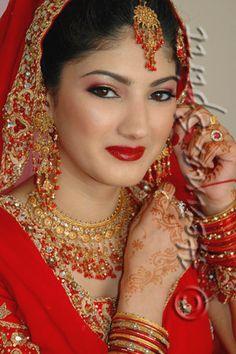 Indian wedding makeup red