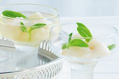 Lychee and mint sparkling cocktail