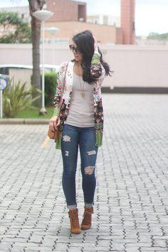 IMG_5097look cardigan florido bota de cano curto