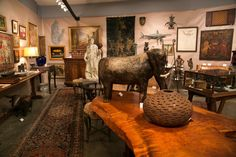 The winter antique show circuit is in full swing. So what's the latest news in the antiques world? https://www.washingtonpost.com/lifestyle/home/dont-think-of-antiques-as-investments-and-other-wisdom-from-a-collector/2018/01/10/41ba3dd2-e5c5-11e7-ab50-621fe0588340_story.html?utm_term=.bfc9ff9abdbf