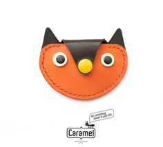 Hand Stitched Leather Coins Case OWL by CaramelLeatherCrafts Small Leather Wallet, Leather Pouch, Diy Leather Projects, Leather Craft, Stitching Leather, Hand Stitching, Childrens Purses, Leather Tutorial, Creative Bag