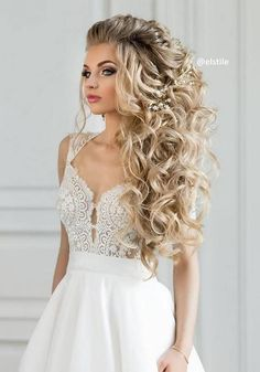 65 Long Bridesmaid Hair & Bridal Hairstyles for Wedding 2019 Long Wedding Hairstyles & Bridal Updos via Elstile / www.deerpearlflow… The post 65 Long Bridesmaid Hair & Bridal Hairstyles for Wedding 2019 appeared first on Beautiful Daily Shares. Wedding Hair Down, Wedding Hairstyles For Long Hair, Wedding Hair And Makeup, Formal Hairstyles, Bride Hairstyles, Down Hairstyles, Pretty Hairstyles, Wedding Updo, Hairstyle Ideas