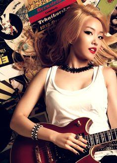Younha Releases 3rd MV Teaser for October Comeback | Koogle TV