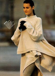 """Encanto Frances"", Elle Spain, September 1987 Photographer : Marc Hispard Model : Yasmin Le Bon"