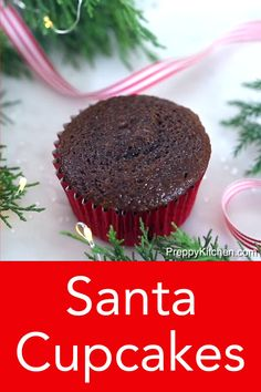 These delicious chocolate cupcakes topped with cute little Santas made with buttercream will bring holiday cheer to the table and delight your guests! From Preppy Kitchen, these are a must-make on… Christmas Snacks, Xmas Food, Christmas Pudding, Christmas Appetizers, Noel Christmas, Christmas Cookies, White Christmas, Köstliche Desserts, Holiday Baking