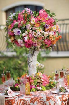 Wedding reception centerpiece idea; Featured Photographer: Kristen Peelle Photography