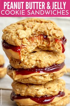 Peanut Butter Jelly Cookie Sandwiches are an easy and tasty sandwich cookie that is loaded with peanut butter and jelly Whip these up for any and every occasion cookies sandwich peanutbutter jelly pbj recipe dessert easy best Jelly Desserts, Köstliche Desserts, Food Deserts, Easter Desserts, Healthy Peanut Butter, Peanut Butter Cookies, Peanut Butter Jelly Recipe, Pbj Recipe, Jelly Cookies