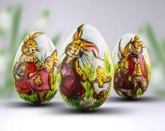Trzy radosne pisanki malowane ręcznie przedstawiające gromadkę wesołych zajączków. Pisanki robione na dużych gęsich wydmuszkach. Easter Eggs, Haha