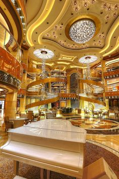 Regal Princess: Lots of yummy dining options on this glamorous #honeymoon #cruise