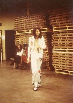 Jimmy Page backstage in Pittsburgh    Led Zeppelin played Pittsburgh three times:        *        Civic Arena (Pittsburgh) - March 30, 1970      *        Civic Arena (Pittsburgh) - February 1, 1975    and July 24, 1973