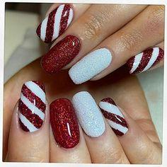 Xmas Nail Art, Christmas Gel Nails, Holiday Nails, Christmas Makeup, Nail Art For Christmas, Diy Christmas Nails Easy, Christmas Cookies, Holiday Acrylic Nails, Snowman Nail Art