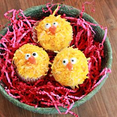 Easter Recipes:  Easter Chick Cupcakes