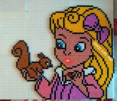 Aurora hama perler beads by deco.kdo.nat - Pattern: https://www.pinterest.com/pin/374291419003820525/