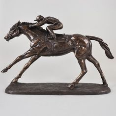 Animal on the Flat Racing Running Horse Figurine Castleton Home Tree Sculpture, Bronze Sculpture, Lion Sculpture, Horse Race Game, Horse Racing, Equestrian Gifts, Family Painting, Elephant Family, Running Horses