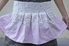 Fun half apron to make for Emma...she is really in to half aprons right now!