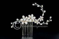 Ivory Pearl Flower & Rhinestone Bridal Comb Wedding Hair Accessory