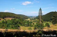 Folge den Spuren der Hirtenjungen durch die wunderschöne Landschaft! Auf dem Hirtenpfad im Hochschwarzwald gibt es nicht nur schöne Ausblicke sondern auch jede Menge wissenswertes zu erfahren.