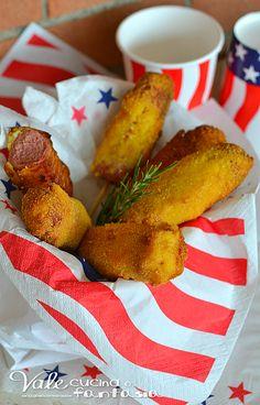 Perros de maíz receta americana (salchicha frita)