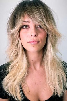25 Ideas On How To Sport Haircuts With Bangs Today Layered Long Hair With Side Swept Bangs - Unique Long Hairstyles Ideas Layered Haircuts With Bangs, Long Hair With Bangs, Haircuts For Long Hair, Long Hair Cuts, Straight Bangs, Thick Hair, Long Layers With Bangs, Long Shag Hairstyles, Hairstyles Haircuts