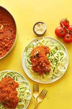 SPIRALIZED Zucchini Pasta with Vegan Lentil Red Sauce! 30 minutes, so hearty and healthy! #vegan #glutenfree #pasta #zucchini #recipe #minimalistbaker