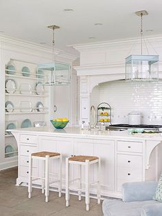A large kitchen island supports both prep space and seating: http://www.bhg.com/decorating/decorating-photos/kitchen/cozy-and-clean/?socsrc=bhgpin021415cozyandclean&kitchen