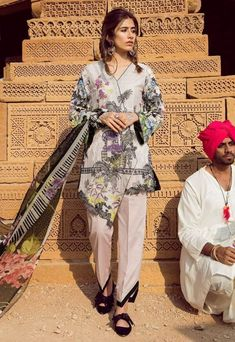 Shop New Arrival Lawn Suits 2019 At Best Prices Pakistani Wedding Outfits, Pakistani Fashion Casual, Pakistani Dresses Casual, Pakistani Dress Design, Stylish Dress Book, Stylish Dresses, Simple Dresses, Casual Dresses, Sleeves Designs For Dresses