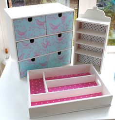 Some more DIY jewellery storage inspiration