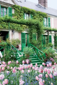 claude monet's home in giverney