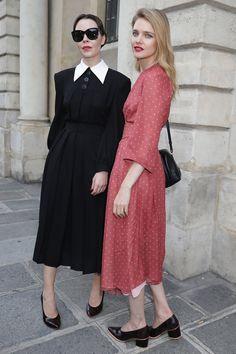 Fashion Models, Fashion Show, Girl Fashion, Cute Simple Dresses, Black Silk Dress, Natalia Vodianova, Designs For Dresses, Special Dresses, Looks Style