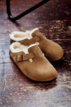 73cd3ebf626 BIRKENSTOCK Boston Fell Suede Leather Sheepskin Black in all sizes ✓ Buy  directly from the manufacturer online ✓ All fashion trends from Birkenstock