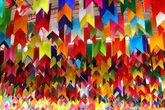 Aprenda a fazer bandeirinhas de festa junina