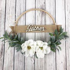 Embroidery Hoop Wreath Magnolia and Lamb Ears Hoop Wreath Fall Wreaths, Mesh Wreaths, Christmas Wreaths, Seasonal Decor, Fall Decor, Holiday Decor, Fall Crafts, Diy And Crafts, Magnolia Wreath