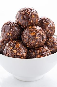 No-Bake Chocolate Energy Bites- these bites remind me of no bake cookies! Great chocolate/peanut butter  taste! I'll be using this recipe again!