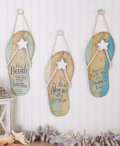 Give your home a beachy vibe with this Corrugated Metal Flip Flop Sign. Shaped like a flip-flop, it features a starfish accent and a coastal sentiment. Seashell Crafts, Beach Crafts, Summer Crafts, Flip Flop Craft, Decorating Flip Flops, Flip Flop Decorations, Crafts To Make, Diy Crafts, Flip Flop Wreaths