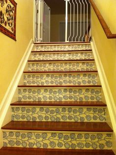 1000 images about wallpaper risers on pinterest stair - Wallpaper for staircase ideas ...
