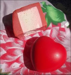 Mini Review: Sabonete Neon Love da Lush | Pandora by Liliana Pinto