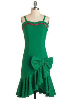 Town by the Bay Dress. Eyes grow wide with awe as you arrive at the dance wearing this watermelon-green dress by Tatyana. #green #modcloth