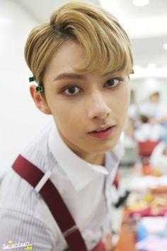 [스타캐스트] 세븐틴 '아주 NICE' 막방 비하인드 공개 :: 네이버 TV연예