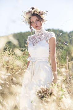 Hochzeitsdirndl für deine Trachtenhochzeit im Herbst • Tristan + Isolde Trachtenblog Wedding Girl, Dream Wedding, Girls Dresses, Flower Girl Dresses, Victorian, Wedding Dresses, Inspiration, Clothes, Beauty