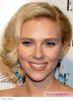 Google Image Result for http://static.becomegorgeous.com/gallery/pictures/scarlett-johansson.bombshell-makeup.jpg