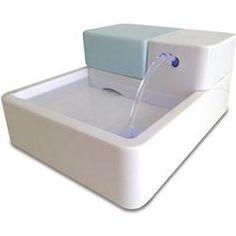 Hund Katze Trinkbrunnen Haustierbrunnen LED automatische Haustier-Wasser-Trinkbrunnen mit Kohlefilter und zirkulierenden Wasserspender UV-Desinfektion