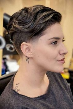 Breathtaking Low Fade Haircut Ideas To Steal The Show ★ See more: http://lovehairstyles.com/low-fade-haircut-ideas-women/