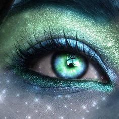 Aqua & Seagreen Painted Eye