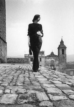 Ferdinando Scianna, Fashion story with Celia Forner, Castelbuono, Sicily, Italy. © Ferdinando Scianna/Magnum Photos