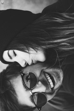 Explore this site and learn how to get the perfect white smile in 2 week -true love, love, soul mates, black and white photo, couple, smiles, laughing