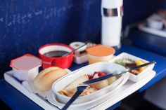 Why would airlines willingly serve bad tasting food instead of sourcing better ingredients and closing in on smarter recipes. After talking to a few food experts and some factual digging, the science of it all dawned on me. Healthy And Unhealthy Food, Food Allergies, Saving Money, Travel Tips, Tray, Nutrition, Lunch, Meals, Recipes